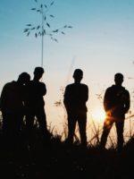 Trentenni di oggi – Chi siamo davvero? | Tra i Giovani Vecchi e Gianluca Vacchi